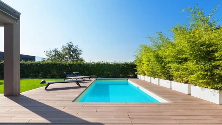 Installer une mini-piscine chez soi: quels sont les avantages?