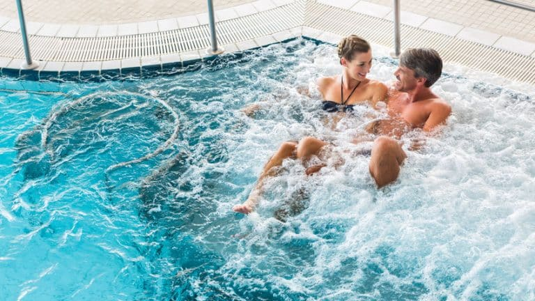 Comment bien choisir le spa de sa piscine?