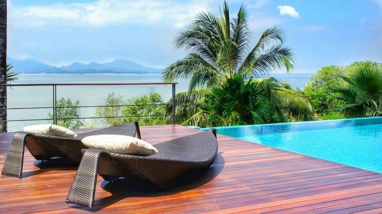 Terrasse coulissante piscine : quels sont les avantages ?